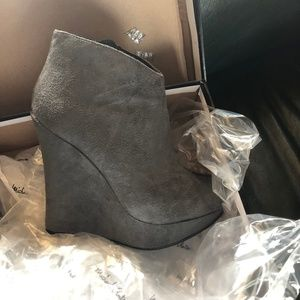 Wedge Grey Suede Boots
